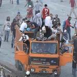 Çarşı Gezi'ye kamyonla girdi