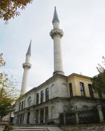 HIRKAİ-ŞERİF-CAMİİ1