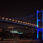 İstanbul Boğazı maviye büründü!